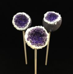 Can't get enough of the geode cake craze? Neither can we! That's why we're sharing this tutorial for easy-to-make cake pops that use dyed sparkling sugar for style that really rocks.