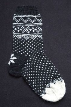 The Lusekofte sock is inspired by the Norwegian Setesdal Lusekofte Sweater. The kit has all the yarn plus the pattern to knit up some fun!