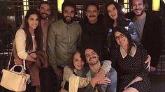 Moises y los Diez Mandamientos.La familia de la ficción en la vida real: el equipo se reunió y lo compartió en sus redes.