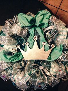 Tiffany & Co wreath ... One of my favorites and so much fun to make :)