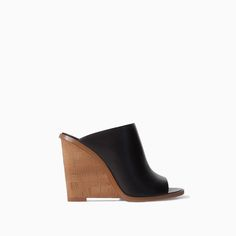 I would not be mad if these showed up on my doorstep. // CORK SOLE LEATHER WEDGES from Zara