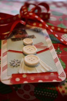 Christmas Gift Wrap | Festive Gift Wrap | Craft Ideas for Giftwrap |