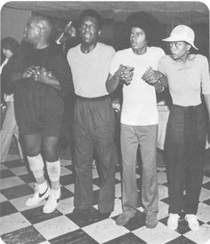 Ted Ross, Nipsey Russell, Michael Jackson and Diana Ross rehearsing The Wiz (1978)