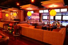 #Lucky #Strike offers Classic American fare. Get car #parking near it.