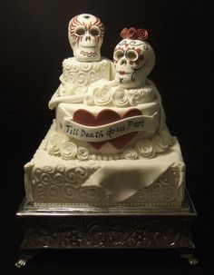 Day of the Dead Wedding Cake with Skulls Pagan Wedding, Our Wedding, Wedding Ideas, Wedding Stuff, Dream Wedding, Skull Wedding Cakes, Wedding Cake Designs, Skull Cakes, Cake Day