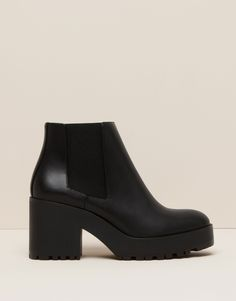 BOTTINES À TALON - CHAUSSURES FEMME - FEMME - PULL&BEAR France