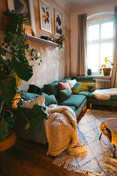 Home tour at Fridlaa Living Room Green, Home Living Room, Living Room Decor, Living Room Inspiration, Home Decor Inspiration, Tapis Design, Cheap Home Decor, New Homes, Decoration