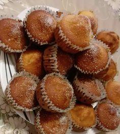 Bögrés kürtöskalács muffin! Pont olyan finom mint a valódi kürtőskalács, csak sokkal könnyebb elkészíteni! - Nyugdíjasok Hungarian Desserts, Hungarian Recipes, Baby Food Recipes, Sweet Recipes, Cooking Recipes, Waffle Cake, Torte Cake, Dessert Cake Recipes, Sweet Pastries