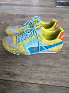 c824e78a2852 Details about Women s Kangaroo runing Shoes Athletic Size Yellow Blue 7.5  Rare Vintage