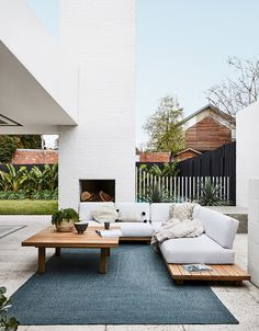 If you are looking for Outdoor Living Spaces, You come to the right place. Here are the Outdoor Living Spaces. This post about Outdoor Living Spaces was posted under. Design Exterior, Interior Exterior, Salas Lounge, Outdoor Rooms, Outdoor Decor, Outdoor Living Spaces, Outdoor Lounge Furniture, Outdoor Ideas, Outdoor Lounge Sets
