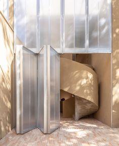 Modern Architecture House, Amazing Architecture, Architecture Details, Interior Architecture, Alvar Aalto, Design Exterior, Brickwork, Staircase Design, Minimalist Interior