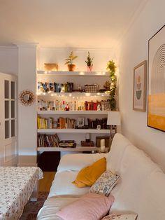 Home Bedroom, Home Living Room, Bedroom Decor, Pinterest Home, Dream Apartment, Dream Rooms, My New Room, Home Decor Inspiration, New Homes