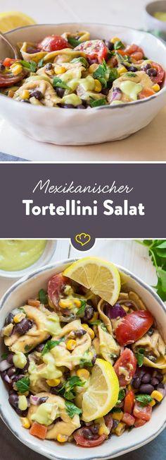 Schwarze Bohnen, Mais, Jalapeños,Tomaten und Koriander kommen in diesen Tortellini Salat und das i-Tüpfelchen ist die cremige Avocado Vinaigrette.