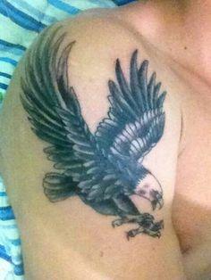 #old #school #aguia #tattoo