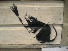 Banksy - Nowy Orlean, 2008. Banksy wykonał tam kilka grafiti z powodu opieszalosci władz w sprawie usuwania skutków ogromnych zniszczeń tego miasta po huraganie Catrina w 2005. Rat with broom in New Orleans