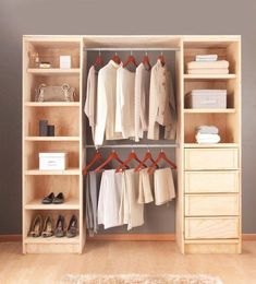Walk In Closet Ideas - Do you require to whip your little walk-in closet into form? You will love these 20 extraordinary little walk-in closet ideas as well as transformations for some . Bedroom Closet Design, Wardrobe Design, Closet Designs, Wooden Pallet Furniture, Diy Furniture, Closet Door Storage, Cleaning Closet, Cleaning Tips, Trendy Bedroom