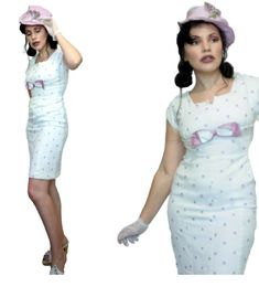 WHITE and PURPLE WIGGLE Dress Satin Bow Embroidered butterflies Linen Cotton pinup Violet Man Bait Slayer. A White Cotton dress, with purple Butterflies or Clover, with a Satin violet Bow on the bust line. Satin Tulle, Satin Bows, Blue Satin, Layered Wedding Dresses, Embroidered Butterflies, White Polka Dot Dress, Rhinestone Dress, Satin Jackets, Prom Dresses