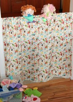 Sew up a fun playtime puppet theater curtain - LOVE the fabric on this one, makes it so cute - great starter project! Kids Curtains, Dramatic Play, Easy Sewing Projects, Craft Organization, Puppet Theatre, Theater, Baby Crafts, Craft Activities, Classroom Decor