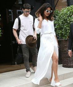 Priyanka Chopra London With Nick Jonas July 2018 Pull & Bear, Nick Jonas, Bollywood Celebrities, Bollywood Fashion, Bollywood Style, Bollywood Actress, Celebrity Gallery, Celebrity Style, Sandro