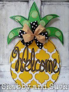 Pineapple Welcome Summer Door Hanger Wood by shabbyandsuchdesigns