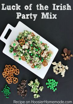 This Luck of the Irish Party Mix is as fun to make as it is to eat! Go green for St. Whip up a batch to enjoy at home or give as gifts! Pin to your Re (Pretzel Party Mix) Chex Mix, Holiday Treats, Holiday Recipes, Party Recipes, Holiday Fun, Festive, Memorial Day, Party Mix Recipe, Bar A Bonbon