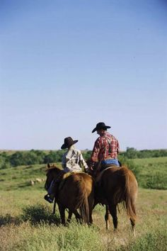 Play cowboy at a working ranch, discover six-shooter duels, and walk in the tracks of Wyatt Earp on a family vacation in Kansas.