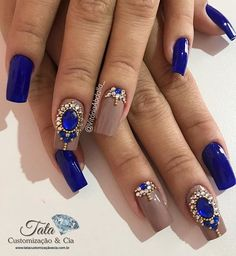 Top 50 Best Business Casual Nails 2018 - Coffin nails are fun to experiment with. Take a look at these 69 impressive designs you will definitely want to play around with. Fabulous Nails, Gorgeous Nails, Love Nails, Fun Nails, Casual Nails, Trendy Nails, Cobalt Blue Nails, Nagel Bling, Blue Nail Designs