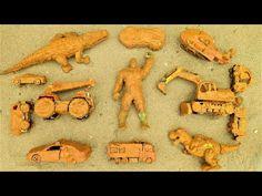 Mencari Dan Membersihkan Mainan Mobil   Mobil Polisi , Helikopter Crane dan Superhero mainan - YouTube Cr V