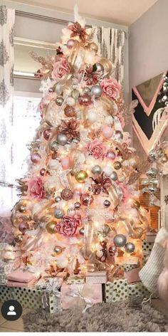 Elegant Christmas Trees, Christmas Tree Design, Christmas Love, Christmas Stockings, Christmas Wreaths, Christmas Decorations, Xmas, Christmas Ideas, Merry Christmas