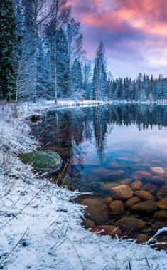 Winter sunset nature photography - A sunset is never the exact same. Instead of relying upon the camera's auto mode it is an ideal time to switch you. Winter Sunset, Winter Scenery, Winter Colors, Beautiful World, Beautiful Places, Foto Nature, Landscape Photography, Nature Photography, Jolie Photo