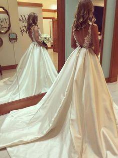 Plus Size Wedding Dresses,Cheap Wedding Dresses, Beach Wedding Dresses,Lace Wedding Dresses,Vintage Wedding Dresses,#weddingdress #weddings #weddinginspiration #laceweddingdresses #backless#beachwedding #vintagewedding