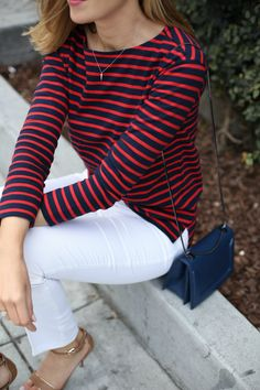 Red and Navy Striped Tee Blue Striped Shirt Outfit, Outfits With Striped Shirts, Striped Tee, Nyc Fashion, Work Fashion, Fashion Outfits, Office Fashion, Fashion Ideas, Winter Outfits