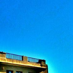 Feliz Viernes!!!  #cielo #chamberi #vistasdesdemiventana  ©Raquel Conde/Infinita/Infiniteando