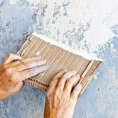 Annie's top tip! To create texture apply paint using strips of cardboard inste., - Annie's top tip! To create texture apply paint using strips of cardboard inste…, Annie's top tip! To create texture apply paint using strips of cardboard inste…, Paint Effects, Annie Sloan Chalk Paint, Chalk Wall Paint, Chalk Paint Projects, Diy Projects, Painting Tips, Painting On Wall, Painting Concrete Walls, Rustic Painting