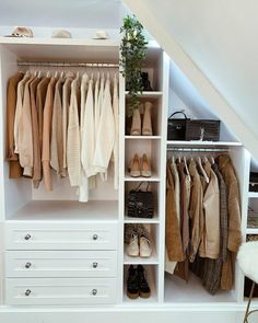 ▷ 1001 ideas for dressing room furniture that will enchant your home - Furnished walk-in closet sloping roof with window, sloping open wardrobe, light and dark beige clot - Bedroom Loft, Home Bedroom, Bedroom Decor, Ikea Bedroom, Open Wardrobe, Walk In Closet, New Room, House Rooms, Dressing Room