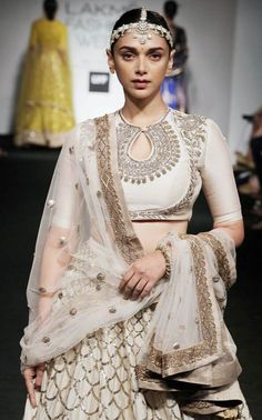 Aditi Rao Hydari for Jayanti Reddy at the Lakme Fashion Week Summer Resort 2016