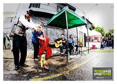 Aproveite e leve seu pai para curtir um evento com jazz na rua na Vila Madalena.