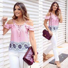 """Combo certeiro by @seikifashion  Blusa e jeans nada básicos!  • #lançamentoseiki #verao16 #blogtrendalert"""