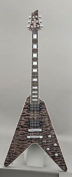 Schecter Masterworks v1 - they keep making these beautiful guitars