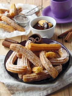 Churros, Winter Food, Waffles, Cake Recipes, French Toast, Deserts, Food And Drink, Cooking Recipes, Cookies