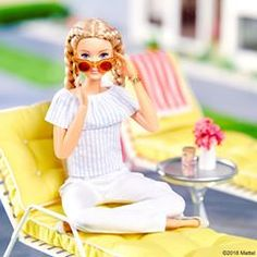 Feeling spec-tacular for #NationalSunglassesDay! Sporting stylish sunnies to match the mood. 😎 #barbie #barbiestyle