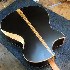 Guitar Diy, Cool Guitar, Guitar Humidifier, Guitar Building, Custom Guitars, Guitar Design, Acoustic Guitars, Mandolin, Thesis
