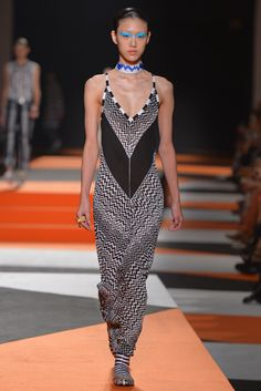 Missoni Ready To Wear Spring 2016 | WWD