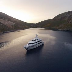 M/Y Rüya in Kalymnos. Rüya was built for an experienced yacht owner by Turkish shipyard @AliaYachts in 2015 with a building time of just over 2 years. She is 41.29m (135.46 ft) long with an impressive beam of 8.95 (29.36 ft) making the yacht feel longer and larger that it actually is. The two-toned exterior was drawn by Australian Sam Sorgiovanni with a Showboats Design Awarded naval architecture by Van Oossanen Naval Architects. Her interior was styled by Sam Sorgiovanni which also recieved…
