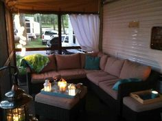 Best Modern Rustic Farmhouse RV Makeover Interior And Decor 2019 23 Rv Homes, Diy Rv, Rv Interior, Caravan Awning Interior, Camper Makeover, Remodeled Campers, Rv Camping, Glamping, Cozy Place