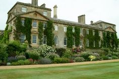 Stunning home & garden