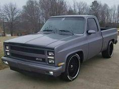 old trucks chevy Custom Chevy Trucks, C10 Trucks, Chevy Pickup Trucks, Classic Chevy Trucks, Chevy Pickups, Chevrolet Trucks, Gmc Suv, Classic Cars, 1985 Chevy C10