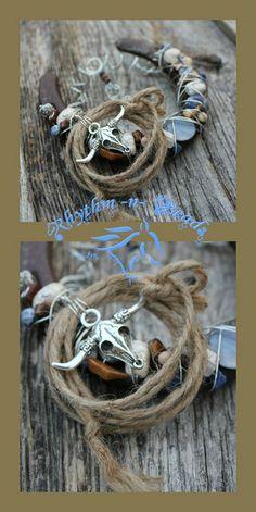 Beaded Horseshoe by Rhythm-n-Beads® Decorated western rustic horseshoes . Horseshoe Projects, Horseshoe Crafts, Horseshoe Art, Horseshoe Ideas, Beaded Horseshoe, Cowboy Chic, Natural Horsemanship, Horse Shoes, Horse Crafts