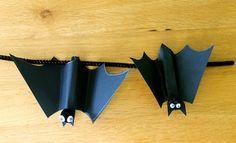 Make Halloween Peg Bats | Halloween Crafts | Kids Activities