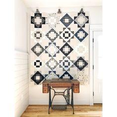 Quilt by Evie Jespersen. Beginner friendly, modern, flying geese, FQ quilt pattern.